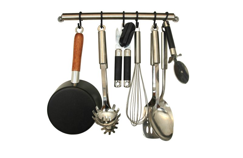 Die wichtigsten kuchenutensilien die frische kuche for Küchenger te abverkauf