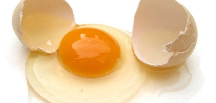Wie viele Kalorien und welche Nährstoffe stecken im Ei?